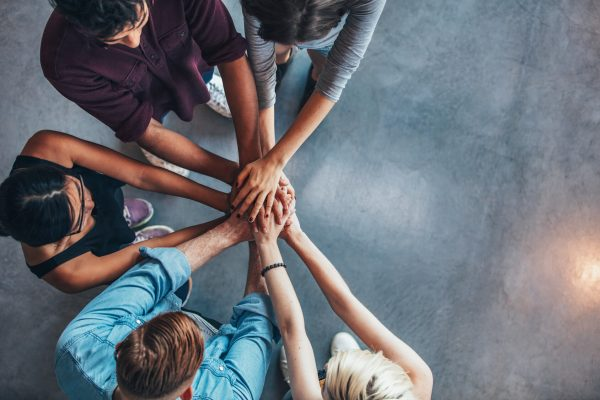 Selection Process for After School Activities like Morning Announcements: Build a Team © fotolia / Jacob Lund