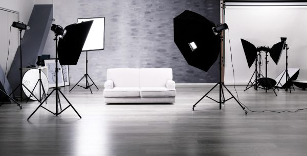 Studio Light © fotolia / Africa Studio